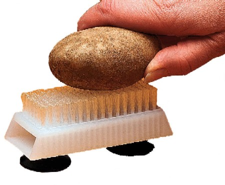 One Handed Vegetable Brush KE17035B